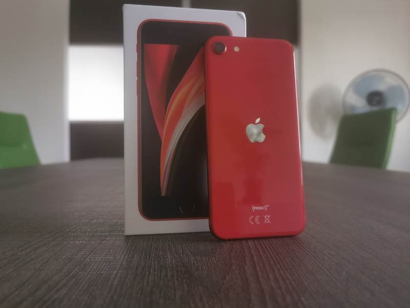 iphone-se-2020-techgear-review-5.jpg