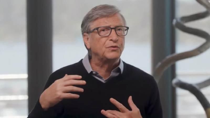 Bill Gates: Τι δήλωσε για τις θεωρίες συνωμοσίας με τον κορωνοϊό και τα μικροτσιπ