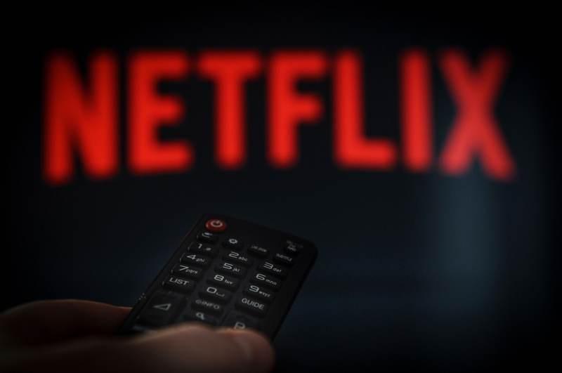 Netflix: Δοκιμάζει λειτουργία Shuffle Play για τους αναποφάσιστους