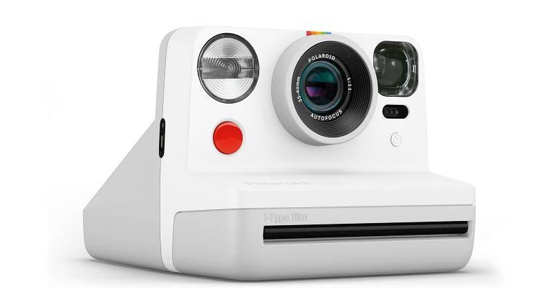 Polaroid Now: Η νέα αναλογική κάμερα στιγμιαίας εκτύπωσης