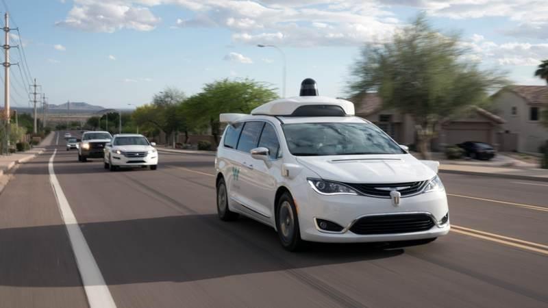Waymo: Διαθέσιμη για το κοινό η υπηρεσία ταξί με αυτόνομα οχήματα 1