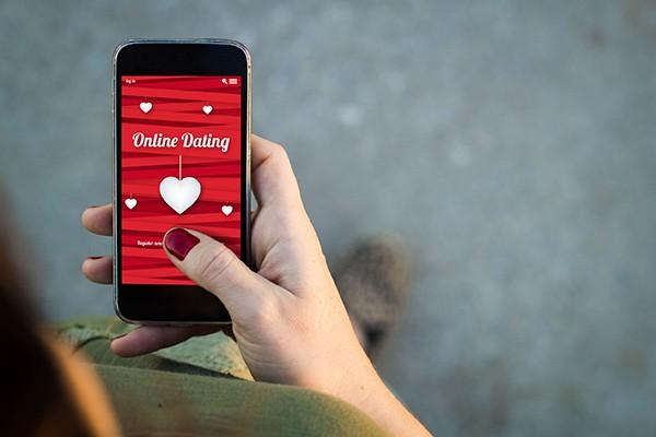 Dating app τοποθεσία iPhone Πώς να βρείτε τον άντρα στην ιστοσελίδα γνωριμιών