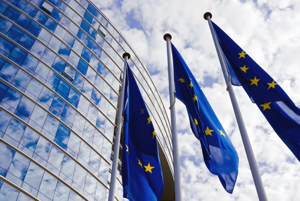 Η Ευρωπαϊκή Ένωση ετοιμάζει πρόστιμα για όσες εταιρείες δεν κατεβάζουν το βίαιο περιεχόμενο μέσα σε μια ώρα