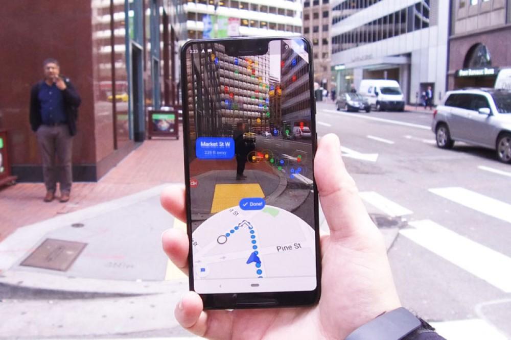 """Google Maps: Ξεκίνησε η ενσωμάτωση """"στρώματος"""" επαυξημένης πραγματικότητας"""
