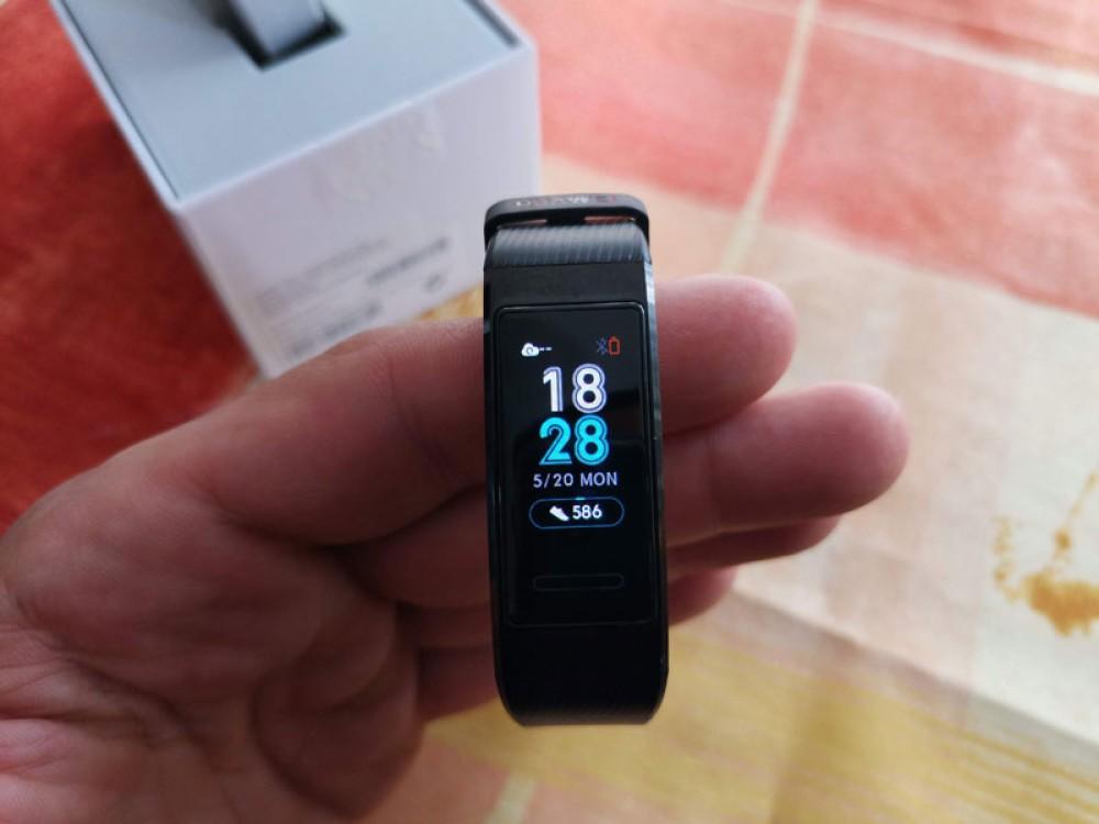 Huawei Band 3 Pro: Ένα πολύ καλό fitness tracker για κάθε χρήστη