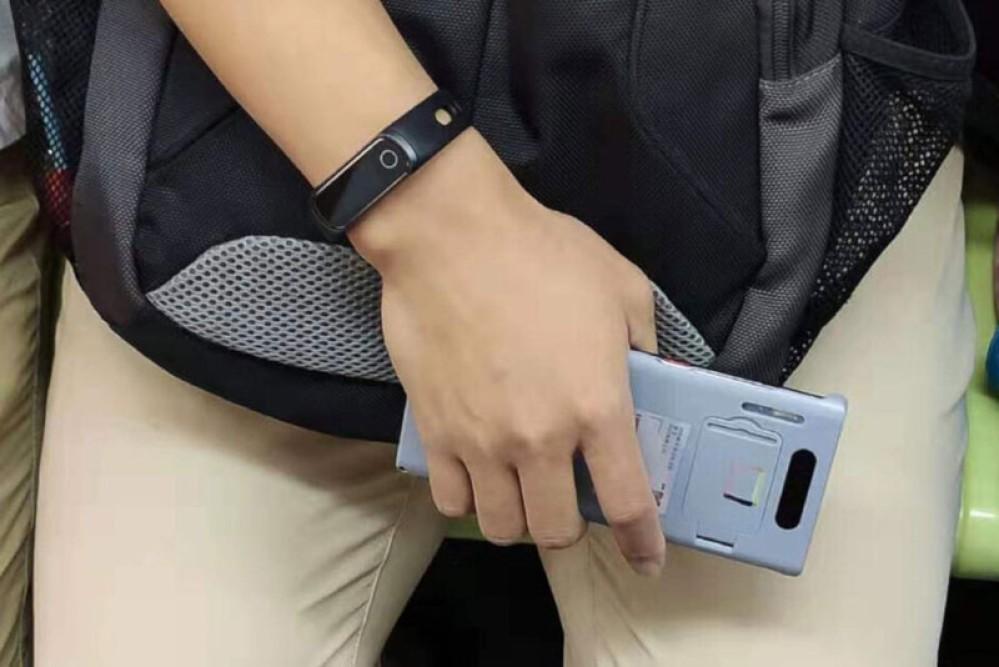 Huawei Mate 30 και Mate 30 Pro: Διέρρευσαν τα μεγέθη των μπαταριών