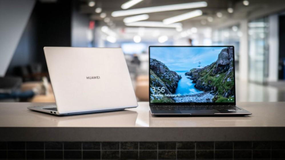 Microsoft: Επανέφερε όλα τα laptops της Huawei στο κατάστημα της