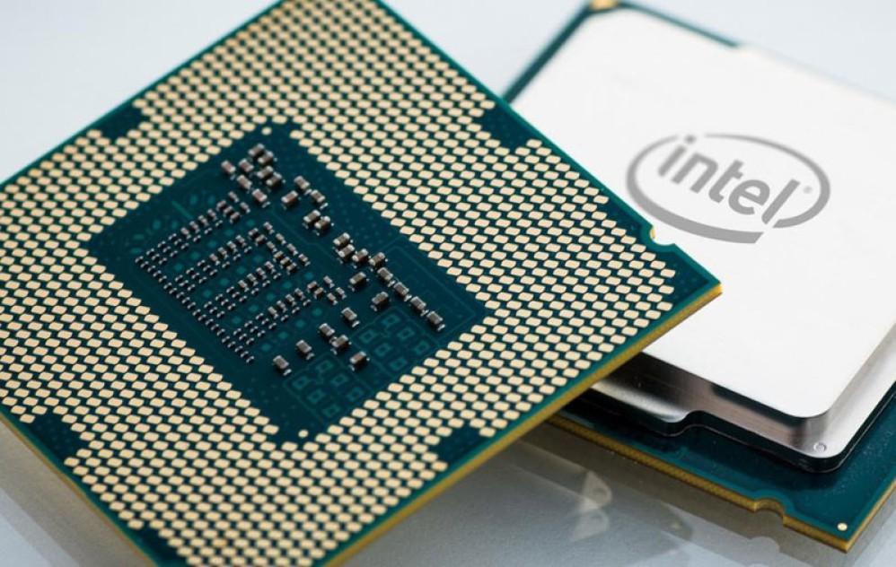 """Η Intel """"κατεβαίνει"""" στα 10nm και ετοιμάζει επανάσταση σε AI, οδήγηση και 5G"""