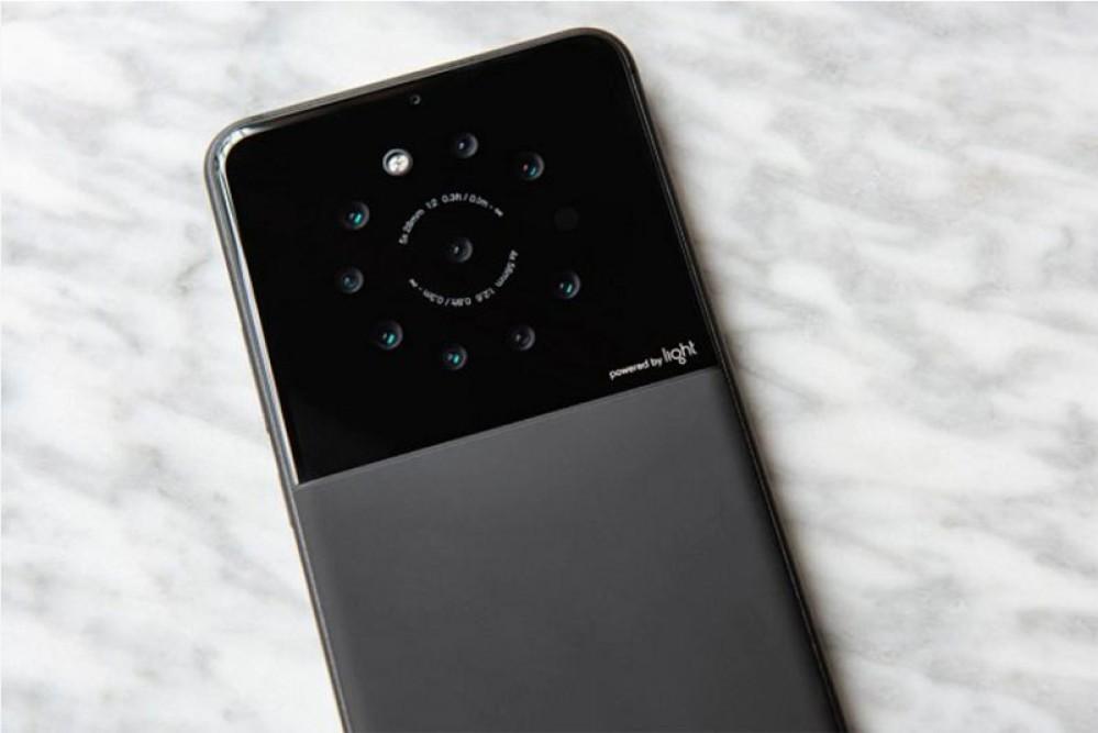 Sony και Light συνεργάζονται για να βελτιώσουν τη φωτογραφία στα smartphones