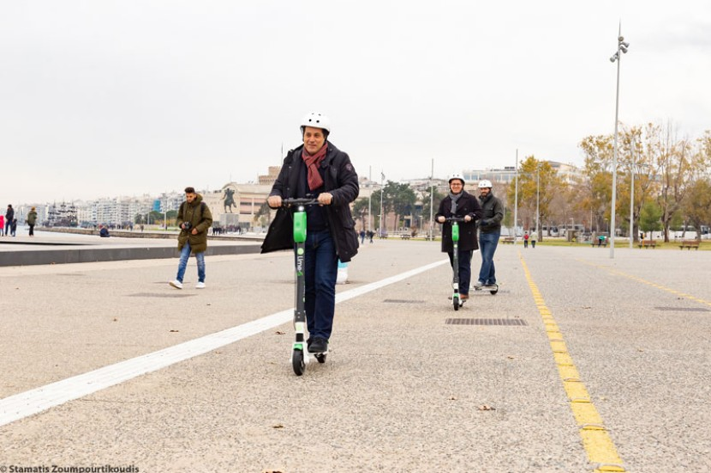 """""""Κόφτης"""" στα ηλεκτρικά πατίνια της Lime στην Αθήνα! [Update]"""
