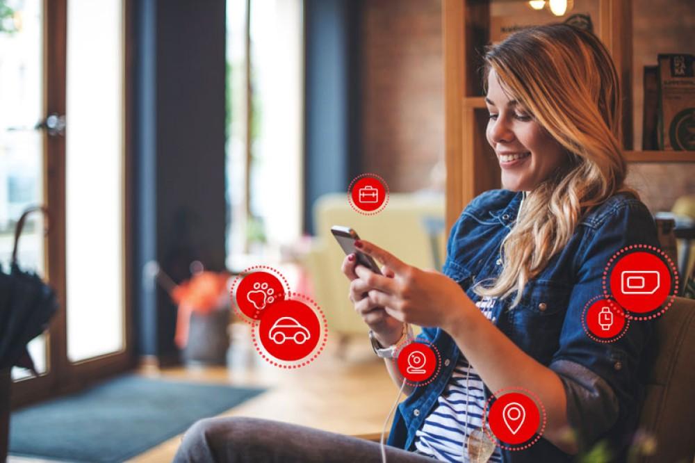 V by Vodafone: Νέα σειρά IoT προϊόντων για περισσότερη προστασία, σιγουριά και ασφάλεια