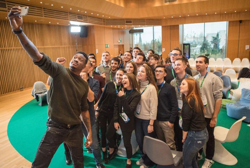 Πρόγραμμα Υποτροφιών COSMOTE 2018-19: 36 νέες υποτροφίες σε φοιτητές με οικονομικές & κοινωνικές δυσκολίες