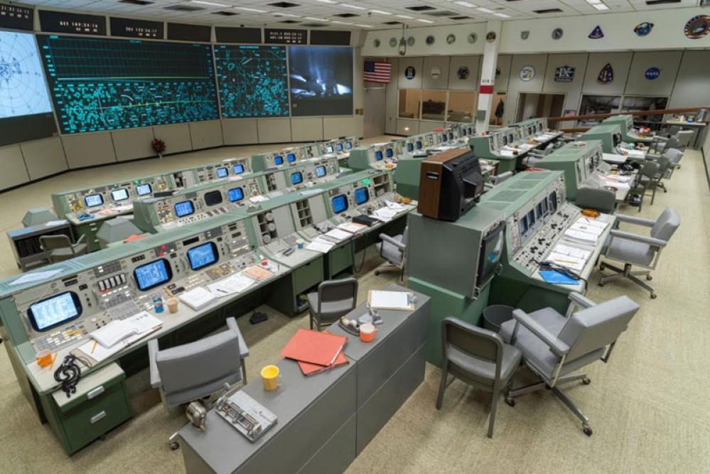 NASA: Γιορτάζει τα 50 χρόνια από την αποστολή στη Σελήνη αναστηλώνοντας το original κέντρο ελέγχου [Video]