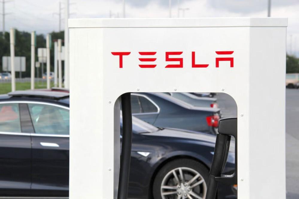 Tesla Superchargers για τα ηλεκτρικά οχήματα και στην Ελλάδα το 2019;