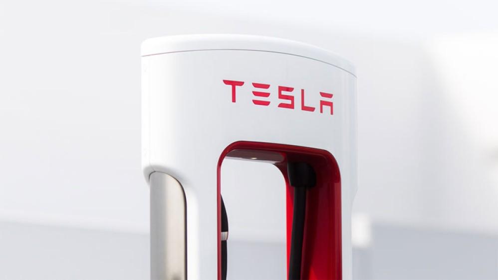 Tesla Supercharger v3.0: Ο νέος σταθμός φόρτισης μειώνει τον χρόνο στο μισό!