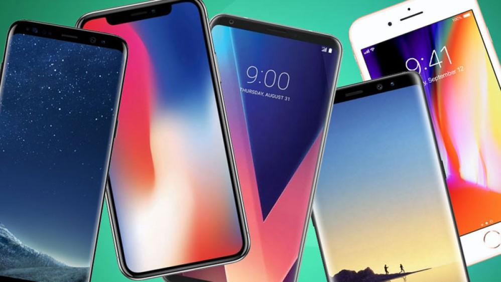 Για πρώτη φορά η αγορά των  smartphones παρουσίασε πτώση σε όλα τα τρίμηνα ενός έτους