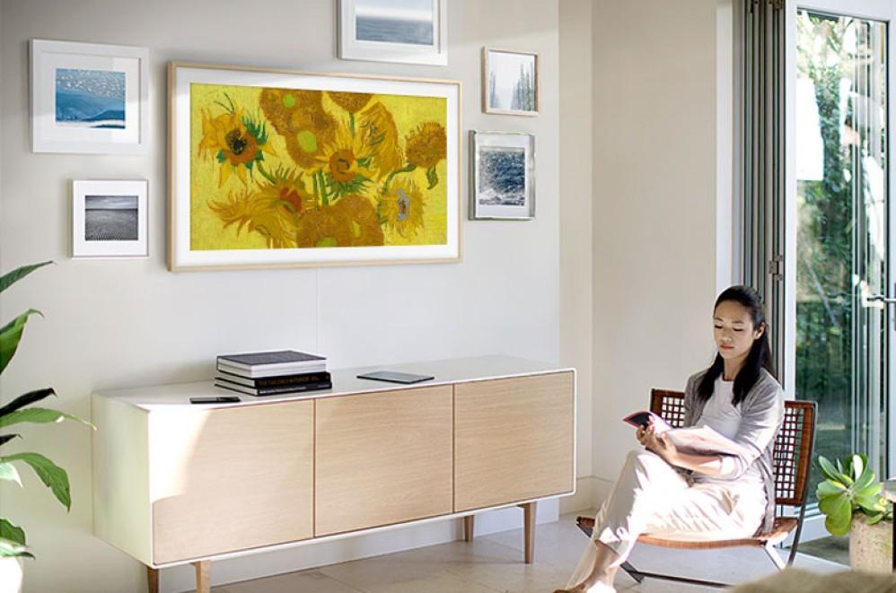 Samsung: Νέες κορυφαίες συνεργασίες για την τηλεόραση «The Frame»