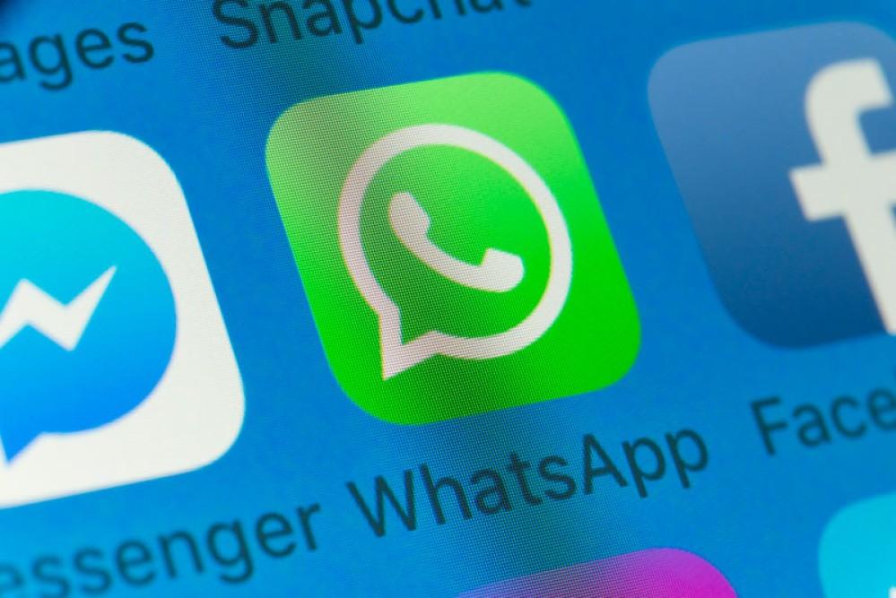 WhatsApp: Δοκιμές για να μοιράζεσαι τα status posts σε Facebook, Instagram, Gmail και Google Photos