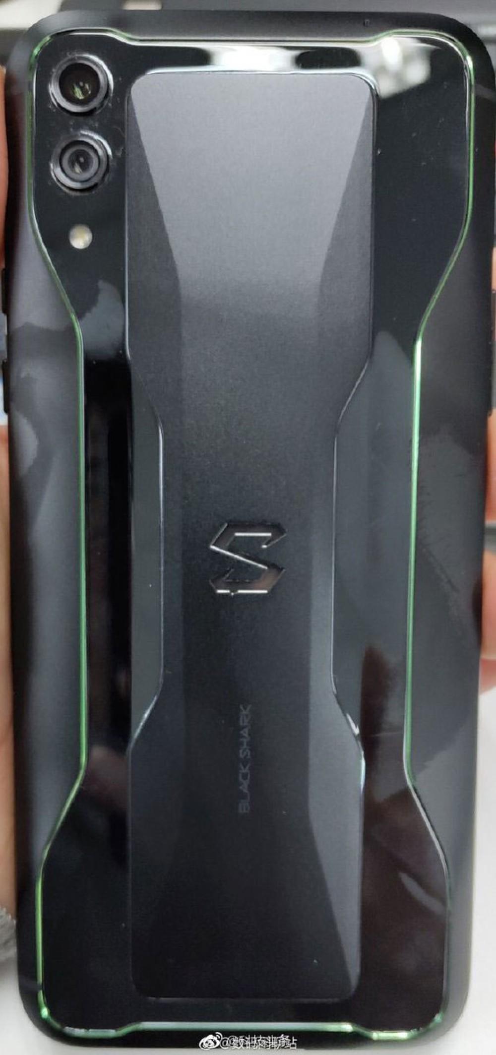 Xiaomi Black Shark 2: Διέρρευσε hands-on φωτογραφία του νέου gaming smartphone