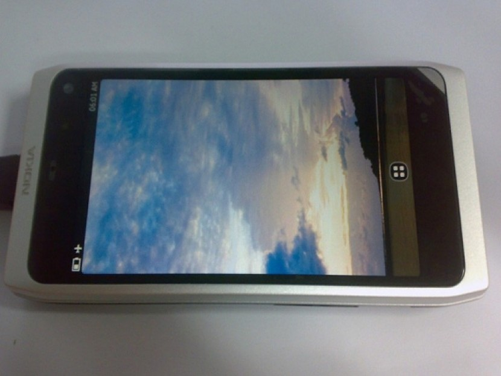 Nokia N950: Το πρώτο MeeGo smartphone της εταιρίας!
