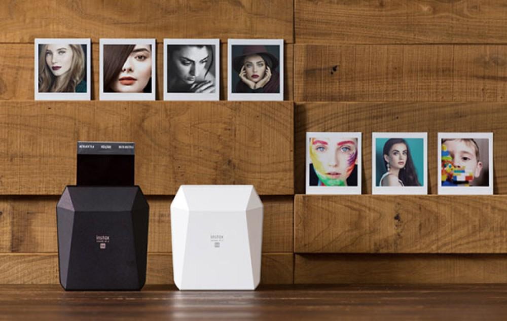 Fujifilm Instax Share SP-3: Νέος φορητός εκτυπωτής για τετράγωνες φωτογραφίες από Android / iOS smartphone