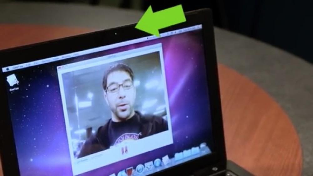 Ερευνητές δείχνουν πως παραβιάζεται η κάμερα MacBook του 2008 χωρίς να ανάψει το φωτάκι