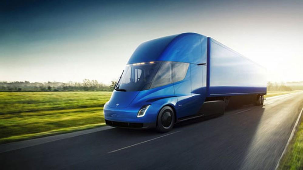 Tesla Semi: Ο αυτοοδηγούμενος ηλεκτρικός τράκτορας διασχίζει αυτόνομα τις ΗΠΑ