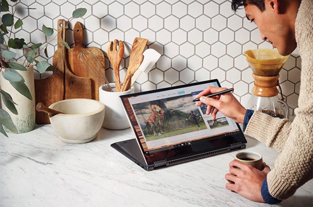 To Windows 10 Fall Creators Update έρχεται τον Οκτώβριο για περισσότερη δημιουργικότητα και παιχνίδι