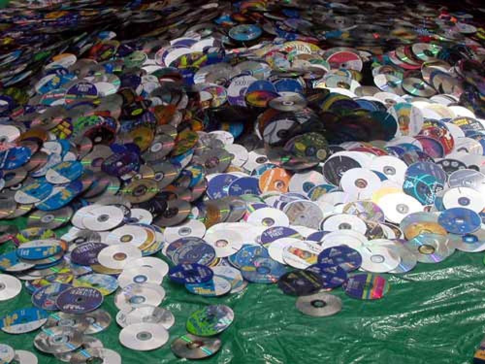 Τέλος για τα CDs στα τέλη του 2012!