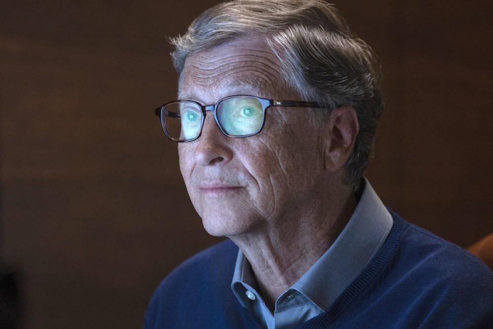 Στο Μυαλό του Μπιλ Γκέιτς - Η νέα μίνι σειρά του Netflix εξετάζει τη σκέψη του CEO της Microsoft
