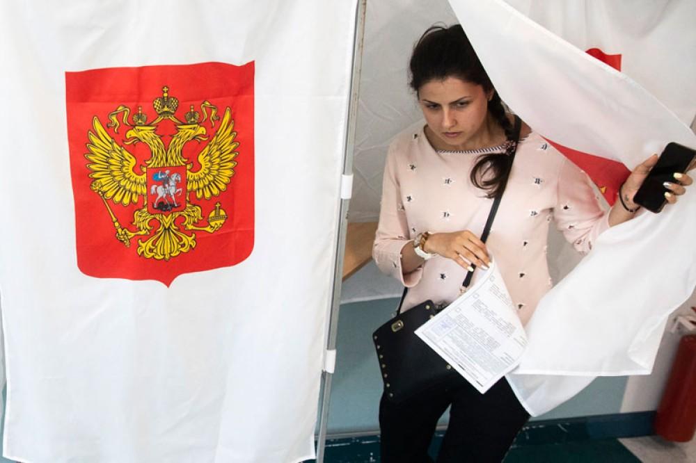 Η Ρωσία κατηγορεί Facebook και Google για πιθανή παρέμβαση στις εκλογές της