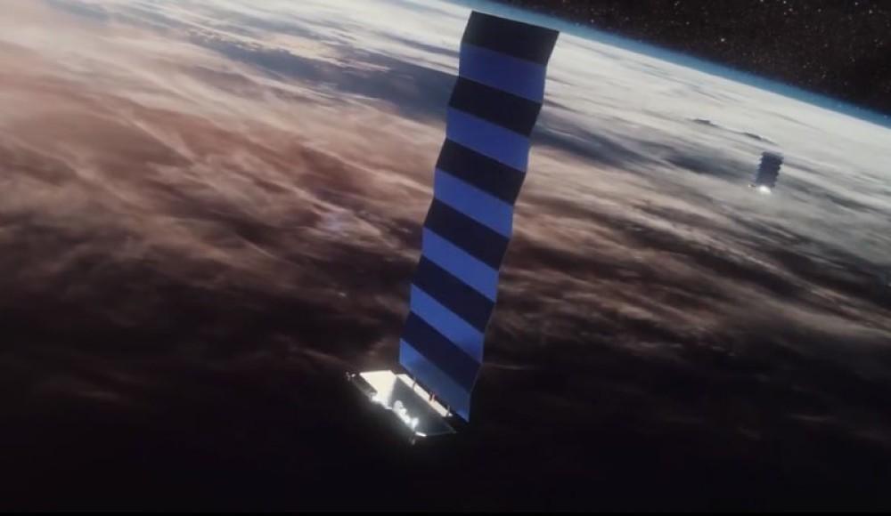 Η SpaceX ζητά έγκριση για επιπλέον 30.000 δορυφόρους για το δίκτυο Starlink