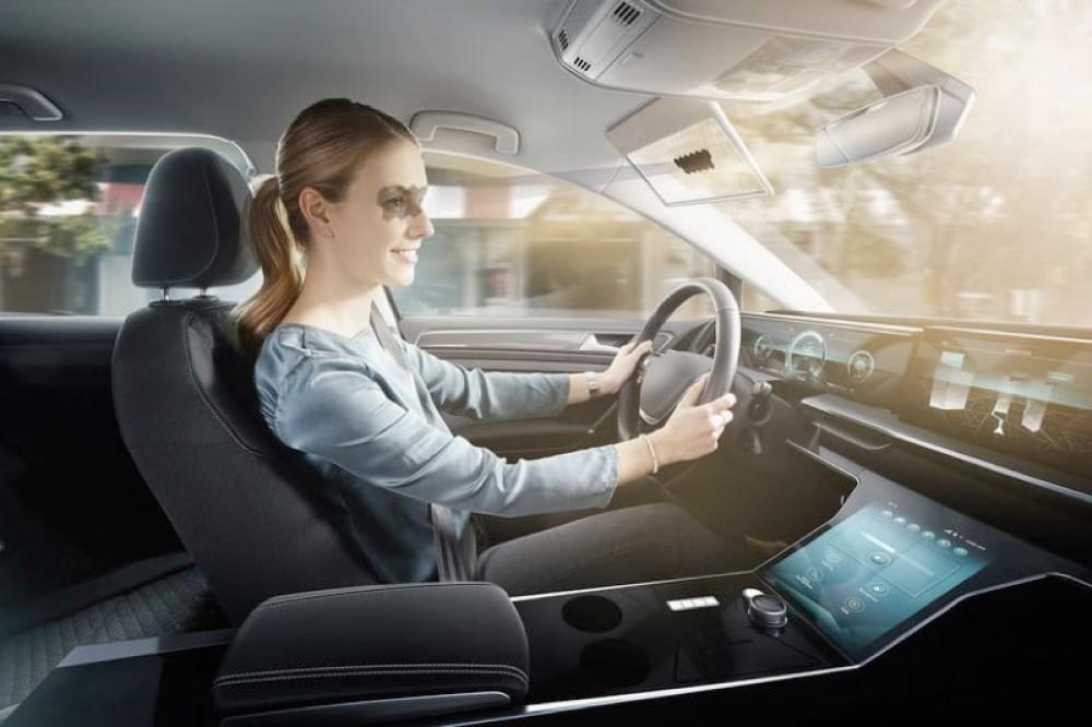 Virtual Visor: Το ψηφιακό σκίαστρο της Bosch για να μη τυφλώνεται ο οδηγός από τον Ήλιο [CES 2020]
