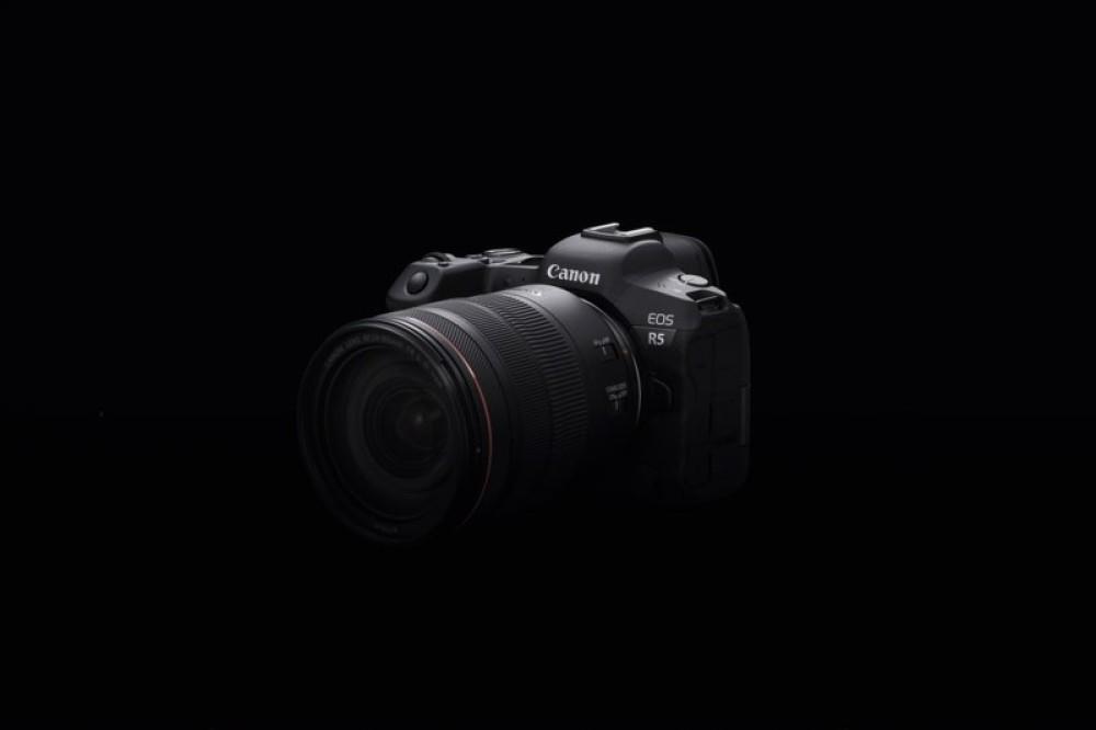 Canon EOS R5: Επιτυγχάνει το «αδύνατο» στη λήψη video