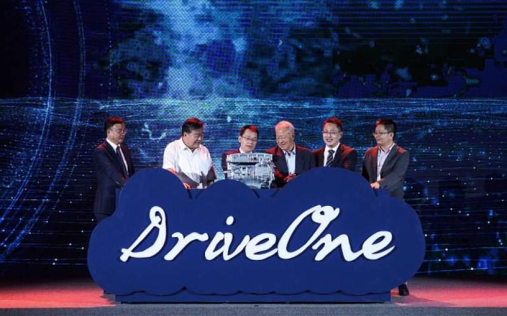 Huawei DriveOne: Η εταιρεία μπαίνει επίσημα στον χώρο των ηλεκτρικών οχημάτων!