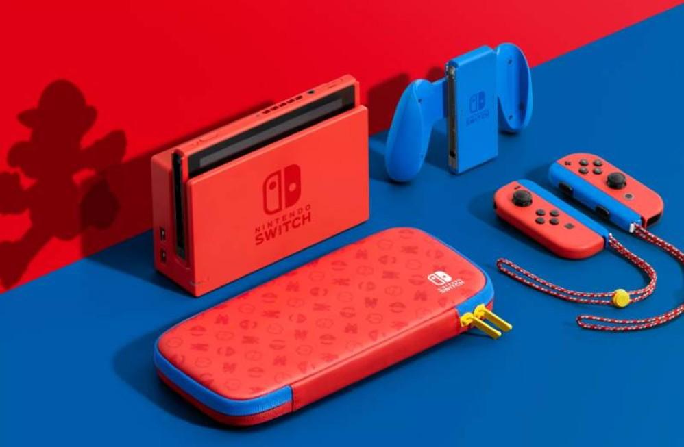 Νέο Nintendo Switch ντυμένο στα χρώματα του Super Mario