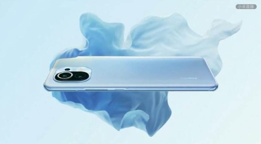 Xiaomi Mi 11: Επίσημα με οθόνη 6.81'' QHD+ OLED 120Hz, Snapdragon 888 και τιμή από €500