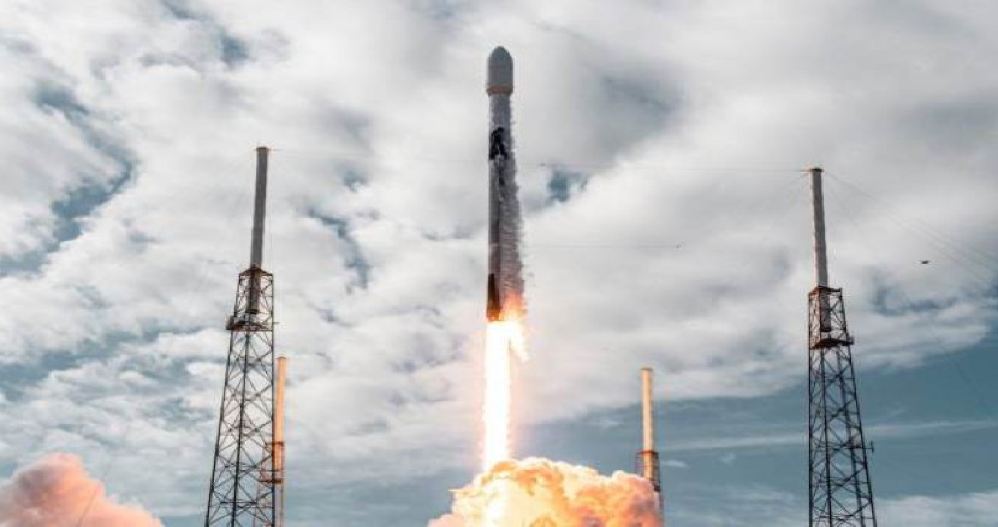 SpaceX: Ρεκόρ με την αποστολή 143 δορυφόρων σε έναν πύραυλο