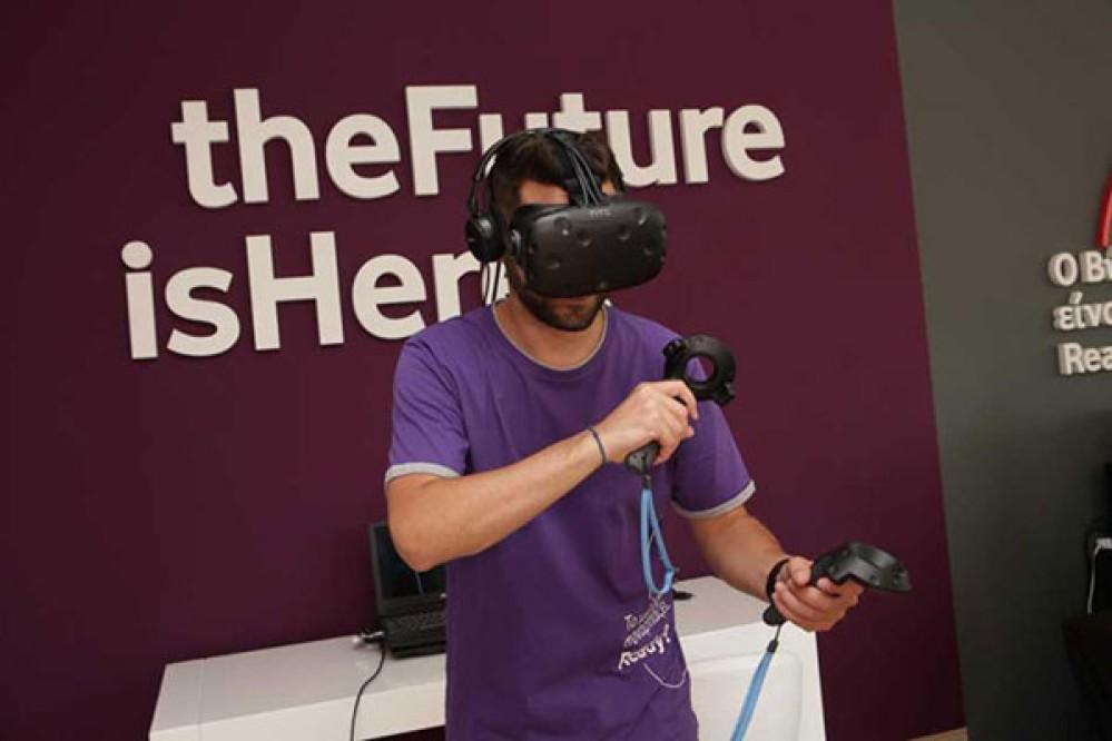 Vodafone και Samsung δημιούργησαν το πρώτο Virtual Reality κατάστημα στην Ελλάδα