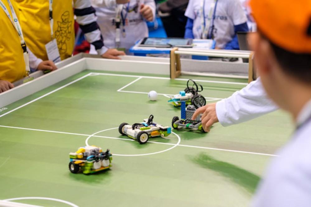 Ξεκινά ο Πανελλήνιος Διαγωνισμός Εκπαιδευτικής Ρομποτικής 2019 [Video]