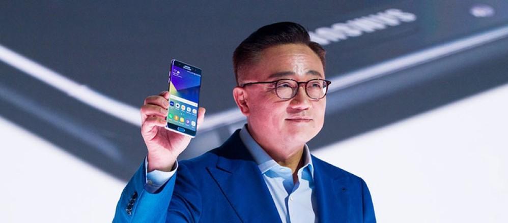 Η Samsung ελπίζει ότι θα ανακάμψει με το αναδιπλώμενο smartphone και το Galaxy S10