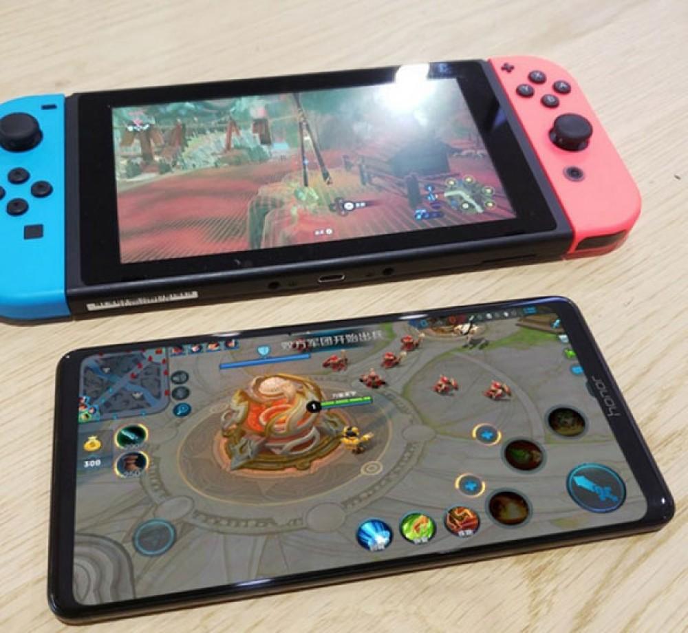 Honor Note 10: Δείτε το σε πραγματικές φωτογραφίες δίπλα στο Nintendo Switch