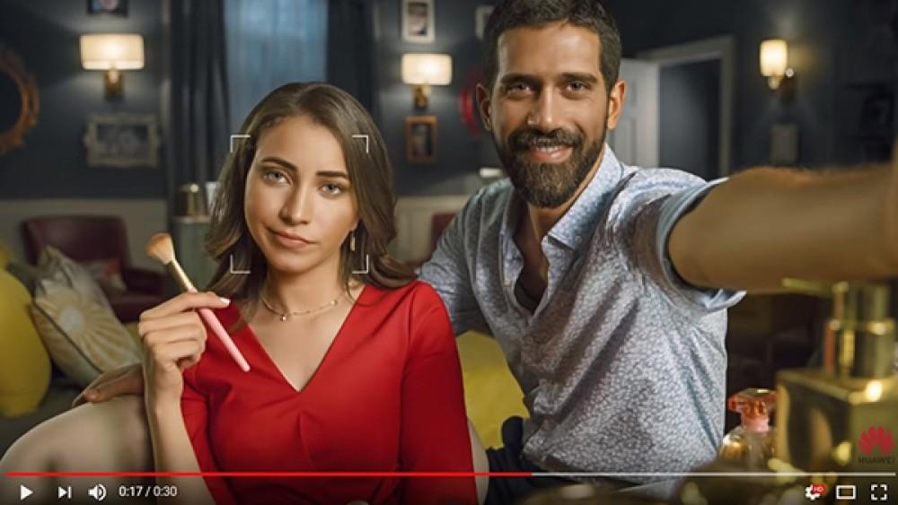 Νέο φιάσκο: Η Huawei πασάρει φωτογραφία από DSLR ως selfie από το Huawei Nova 3...[Video]