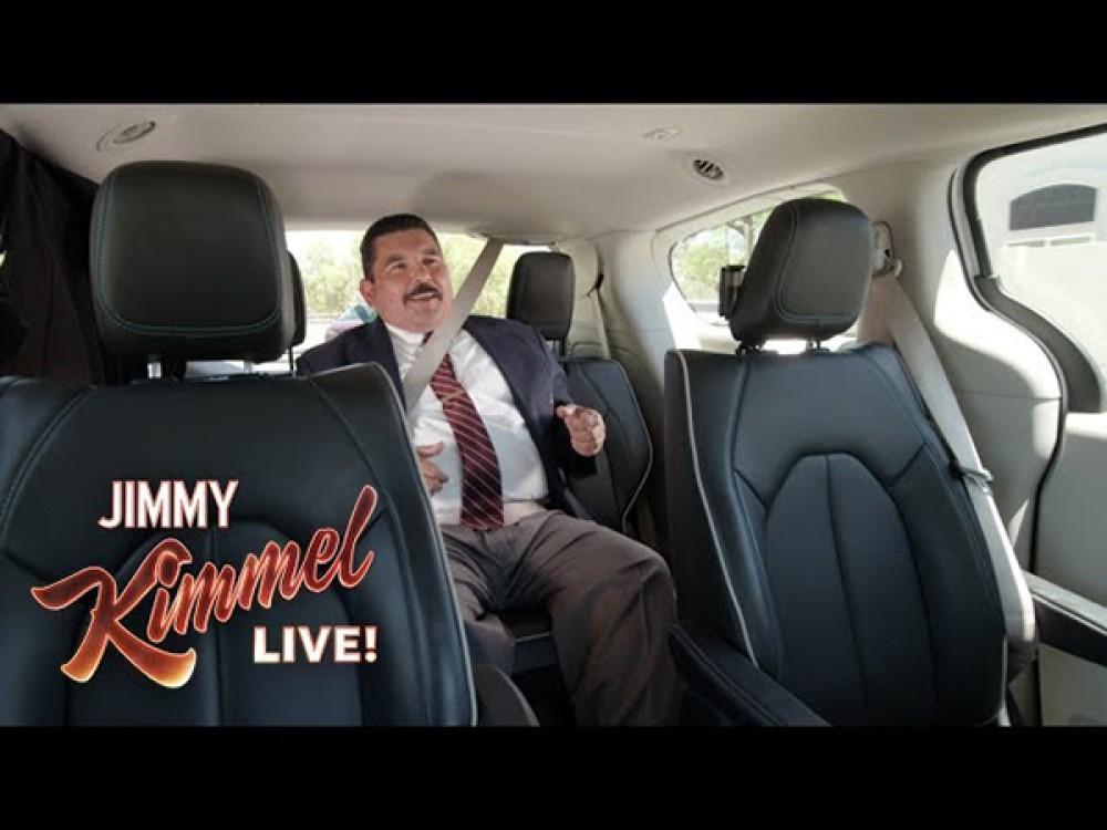 Το αυτοοδηγούμενο όχημα της Waymo διαφημίζεται με την βοήθεια του διάσημου παρουσιαστή Jimmy Kimmel [Video]