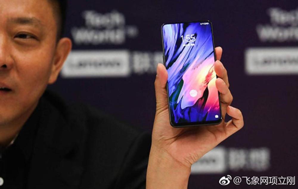 Η Lenovo επιδεικνύει το Z5 Pro με all-screen οθόνη και εντυπωσιακό εύκαμπτο smartphone [Video]