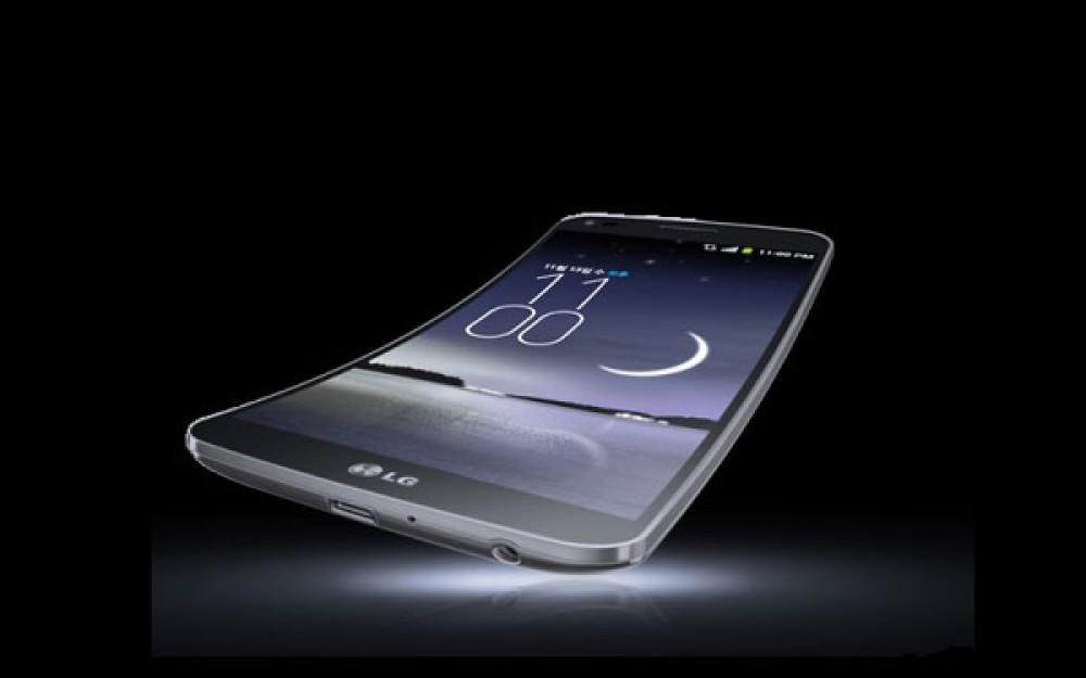 Η LG επιβεβαίωσε ότι κατασκευάζει και αυτή αναδιπλώμενο smartphone, χωρίς να βιάζεται για την πρωτιά