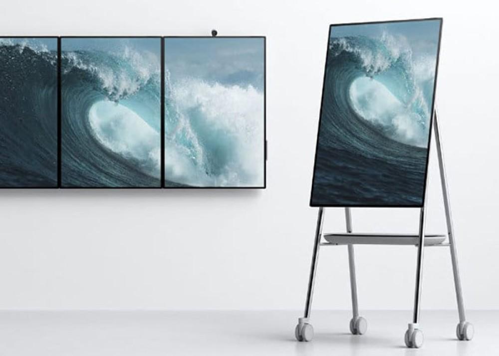 "Microsoft Surface Hub 2: Ο νέος πολύ εντυπωσιακός ""υπολογιστής - τοίχος"" για επιχειρήσεις [Video]"
