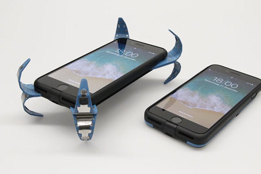 Αυτή η πρωτοποριακή θήκη προστατεύει το smartphone σου όταν πέφτει [Video]