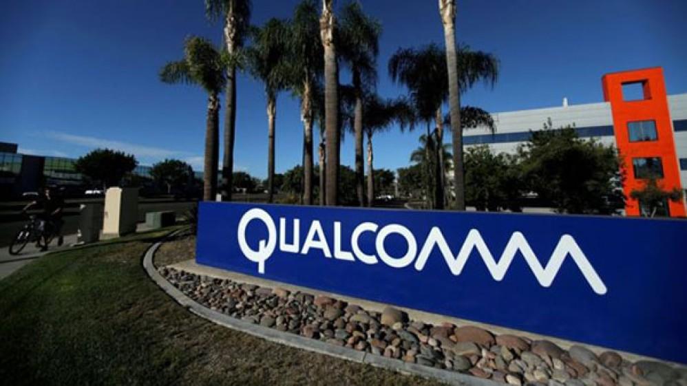 Η Qualcomm κατηγορεί την Apple ότι έδινε πληροφορίες για μυστικές τεχνολογίες της στην Intel