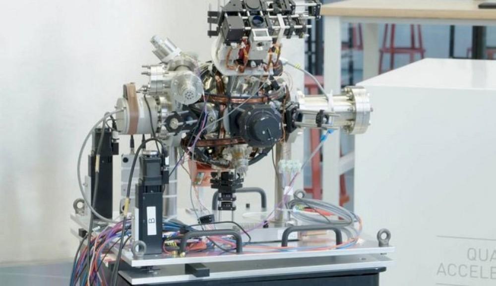 """Η κβαντική """"πυξίδα"""" θα μπορούσε να μας απαλλάξει από τους δορυφόρους για την πλοήγηση μας"""